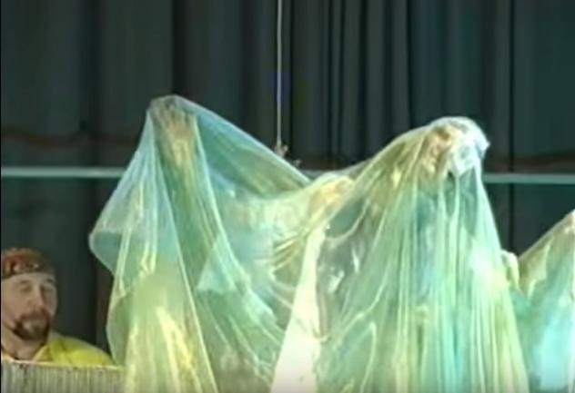 Передача о Спектакле «Невидимый мир»