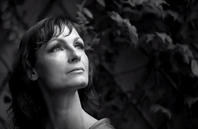 «Ange déchu» — песня Леси Тышковской