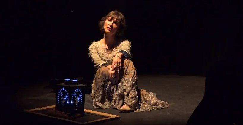 Rêverie sur Marina Tsvetaeva.  Scène de  spectacle.